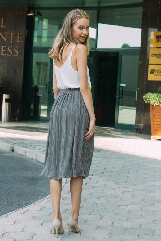 back-brown-plisse-skirt